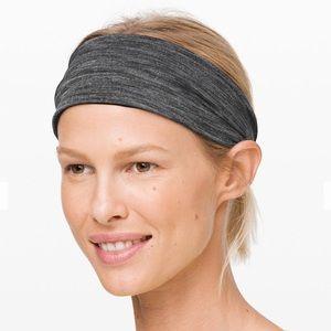 Lululemon Fringe Fighter Headband- Reversible NWT!